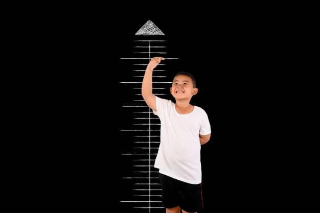 bambino alto